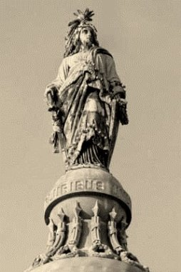 MillerK-freedom-atop-capitol-dome