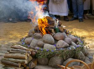 Romuvan_ritual_fire